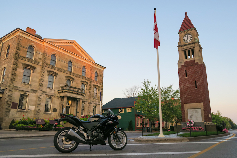 stopping in niagara on the lake on my motorcycle trip to the niagara region