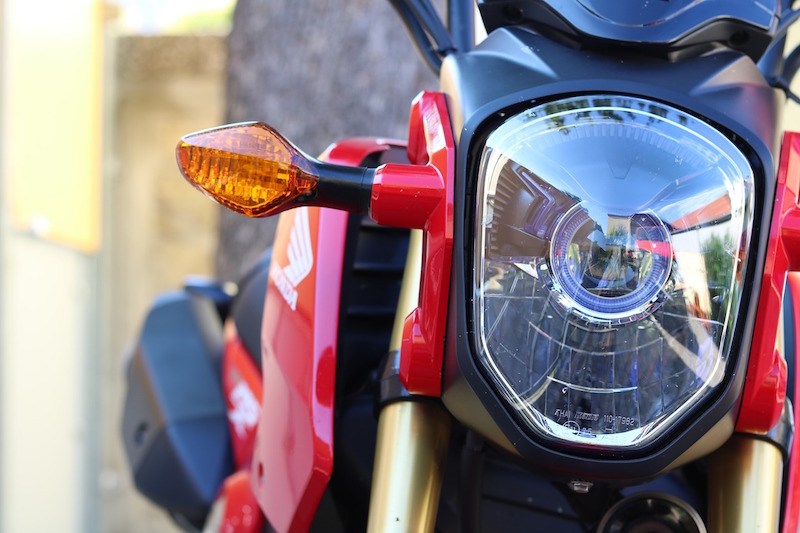 turn signals on a honda motorcycle