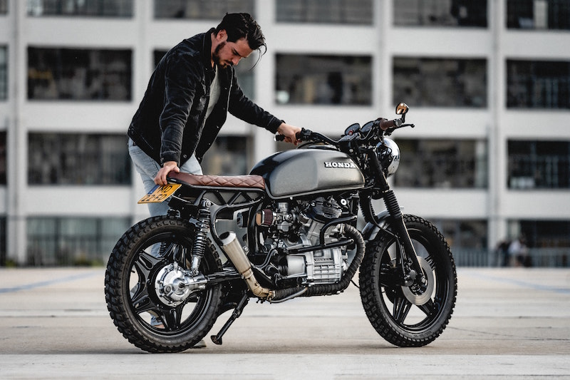 motorcycle cafe racer